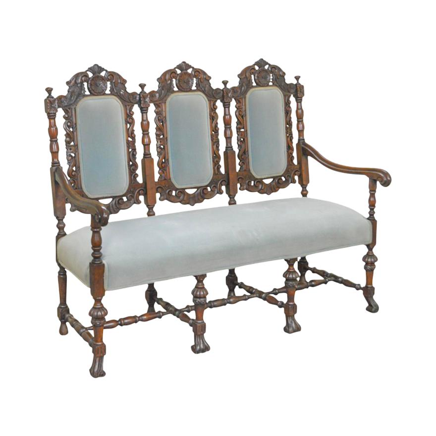 Sofá de estilo renacentista